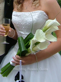 sheath bouquet of white calla lilies