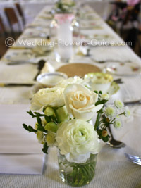 wedding flowers for a vintage theme wedding