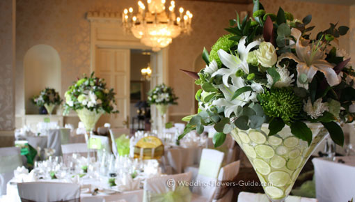 Elegant Wedding Centerpieces Featuring Tall Martini Vases